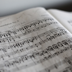 Songbooks & Sheetmusic